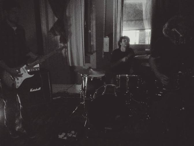 Listen: TONGUE NUMBERS – 'PARALYSIS'