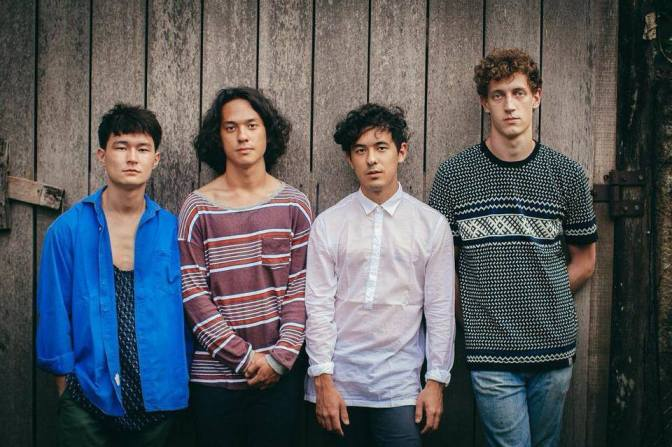 Interview: LAST DINOSAURS