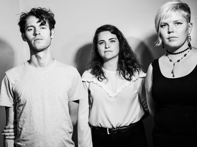 Premiere: CABLE TIES – 'TELL THEM WHERE TO GO'